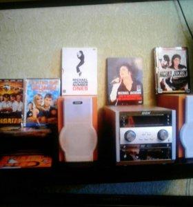 Музыкальный DVD центр караоке.Читает MP3