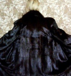 Норковая шуба в идеальном состоянии