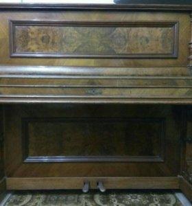 Немецкое резное пианино
