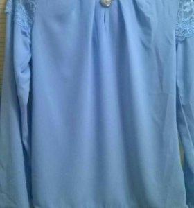 Блуза с кружевом новая рр 44