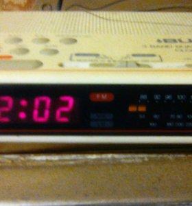 Радио BUSH CR441