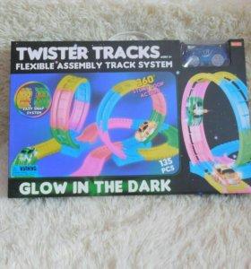 Светящийся в темноте гибкий трек, 135 деталей