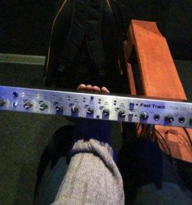 Звуковая карта M-Audio FastTrack Ultra 8r