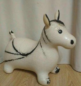 Надувная лошадка попрыгун