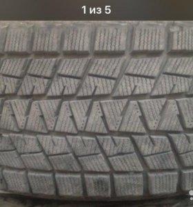 Зимние шины Bridgestone r18/235/65 , 4 шт.