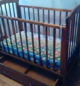 Детская маятниковая кровать + матрас