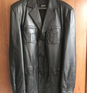 Пиджак-куртка Hugo Boss.