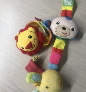 Мягкие игрушки на ручку ребёнка