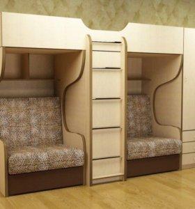 Детская кровать для троих детей с двумя столами!