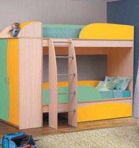 Детская кровать со шкафом,для двоих детей!