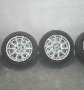 Комплект колес r16 с дисками AEZ