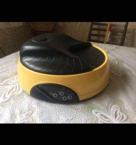 Автоматическая кормушка для кошек и собак