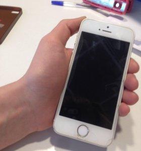 Продам айфон 5s,16 гб. В идеальном состоянии. Торг