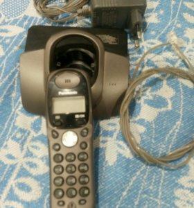 Телефон Panasonic.