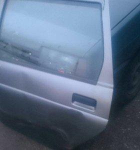 Дверь автомобильная левая задняя ВАЗ 2111