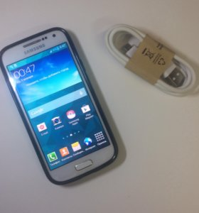 Телефон Samsung galaxy s4 mini
