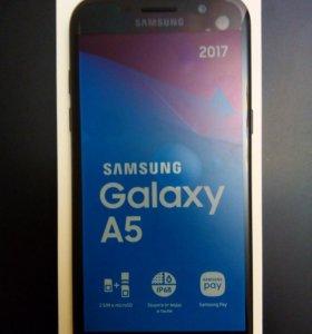 Samsung Galaxy A5. Черный