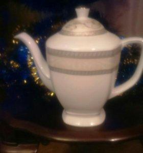 Большой заварной форфоровый чайник. Новый