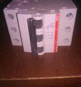 Модульный автоматический выключатель ABB -C25