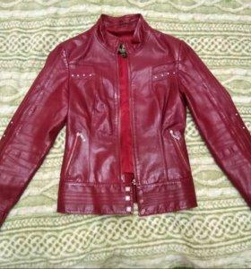 Куртка кожаная женская 40-42