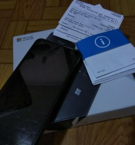 Продам Nokia Lumia 550