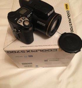 Sony Coolpix 5700