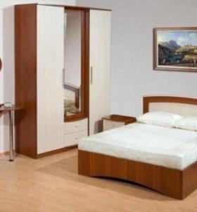 Спальня: шкаф+кровать+тумбы+туалетный столик