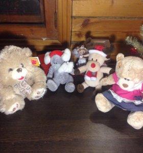 Медведи, оленёнок игрушки за 200 р