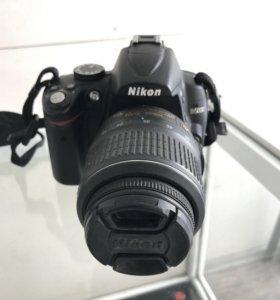 Фотопарат NikonD5000