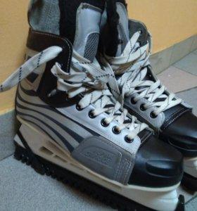 Коньки хоккейные 45 размер