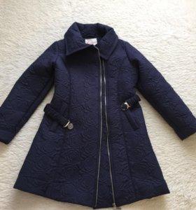 Пальто детское демисезон новое