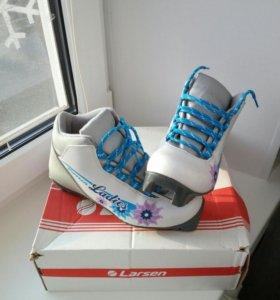 Ботинки лыжные 38 р.