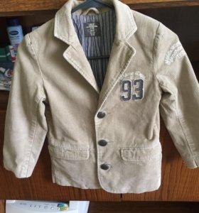Модный фирменный пиджак