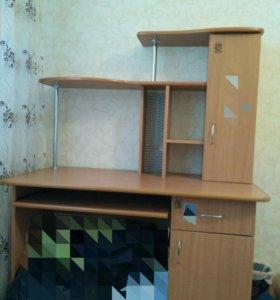 Компьютерный,ученический стол