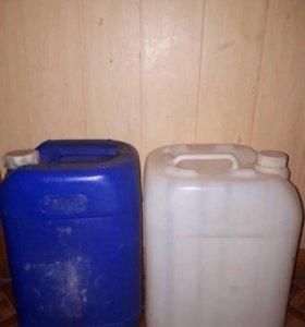 Канистры под питьевую воду Б / у