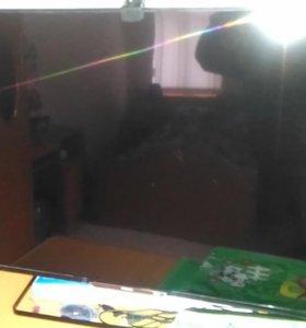 3D Телевизор Philips 47PFT6569/60 с 2-x Ambilight