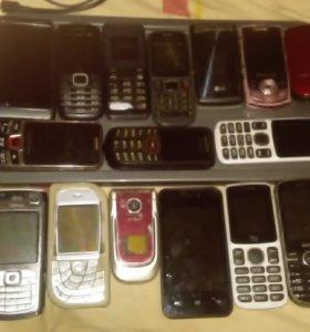 Продам 12 телефонов