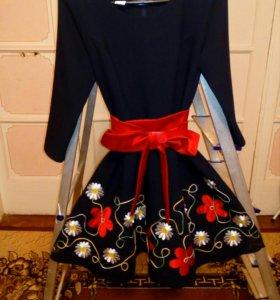 Платье на 12-14 лет