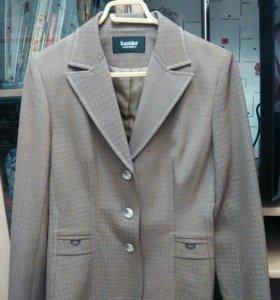 Классический пиджак, размер 44-46