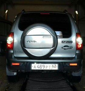 Chevrolet Niva 1.7МТ, 2013, внедорожник