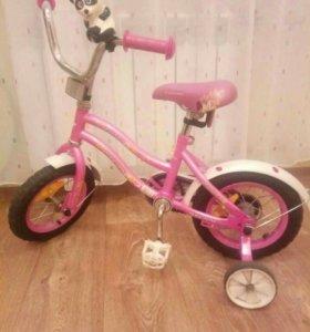 детский велосипед и самокат