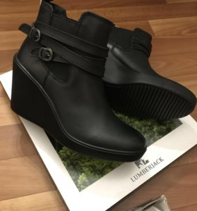 Полусапожки ботинки Италия новые на танкетке
