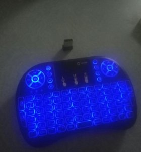 Беспроводная клавиатура с тачпадом