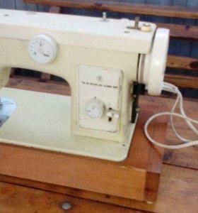 швейная машинка -электрическая