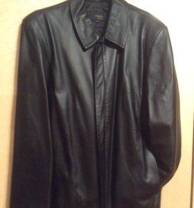 Куртка кожаная мужская на молнии. 52 размер