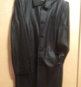 Плащ мужской кожаный. Размер 46-48