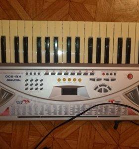 Синтезатор Techno KB 900