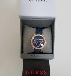 Женские часы GUESS W0456L6