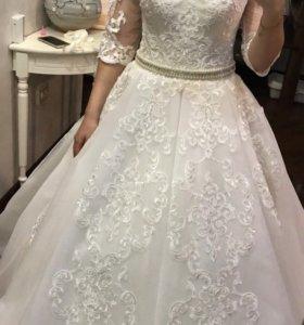 свадебное платье и пояс в подарок