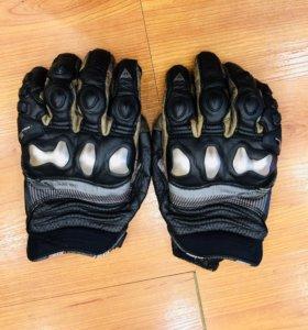 Мотоперчатки Dainese